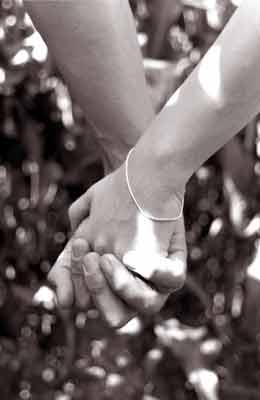 عشق یعنی ترس از دست دادن تو